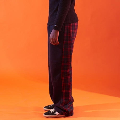 [20%할인][OVER THE ONE] HLAF CHECK PATTERN BANDING PANTS (RED CHECK)