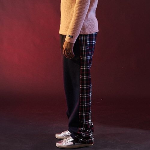 [20%할인][OVER THE ONE] HLAF CHECK PATTERN BANDING PANTS (WHITE CHECK)